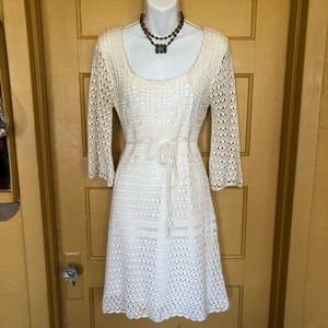 Forever 21 long sleeve crochet knit dress